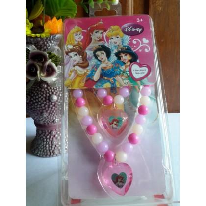 Necklace bracelet combination package party dress up accessories